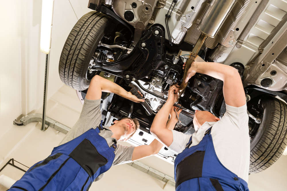 Contact Auto Repair When your Check Engine Light is on in