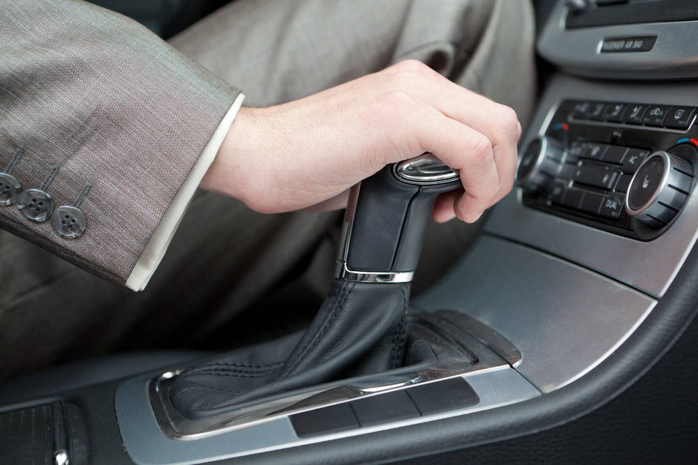 Things You Should Keep in Your Vehicle as Winter Comes | Road Runner