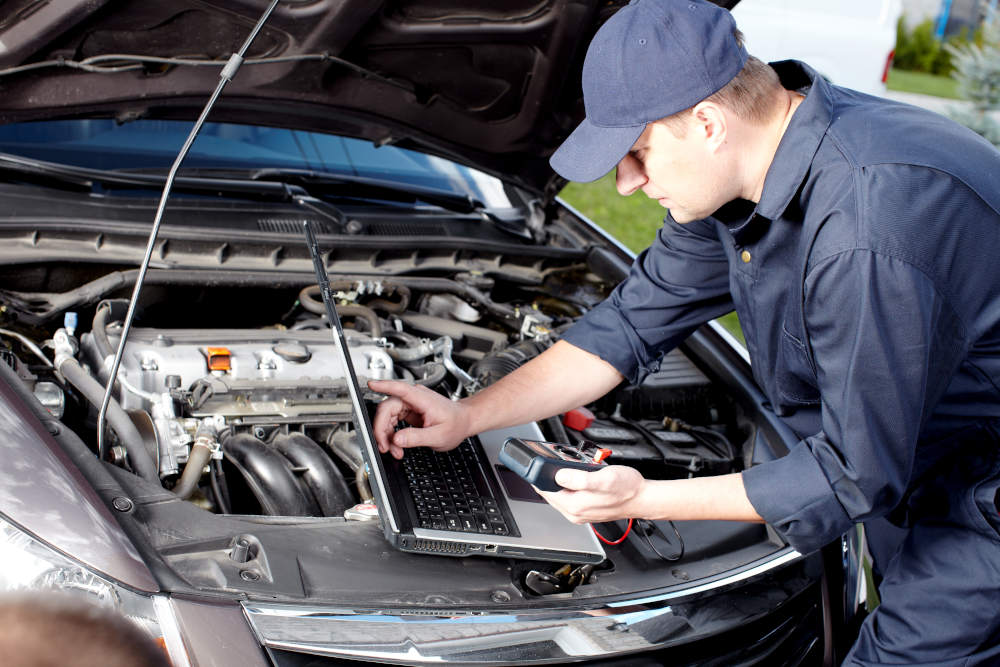 Is Your Car Ready For the Summer Heat? | Apple Valley Road Runner Care