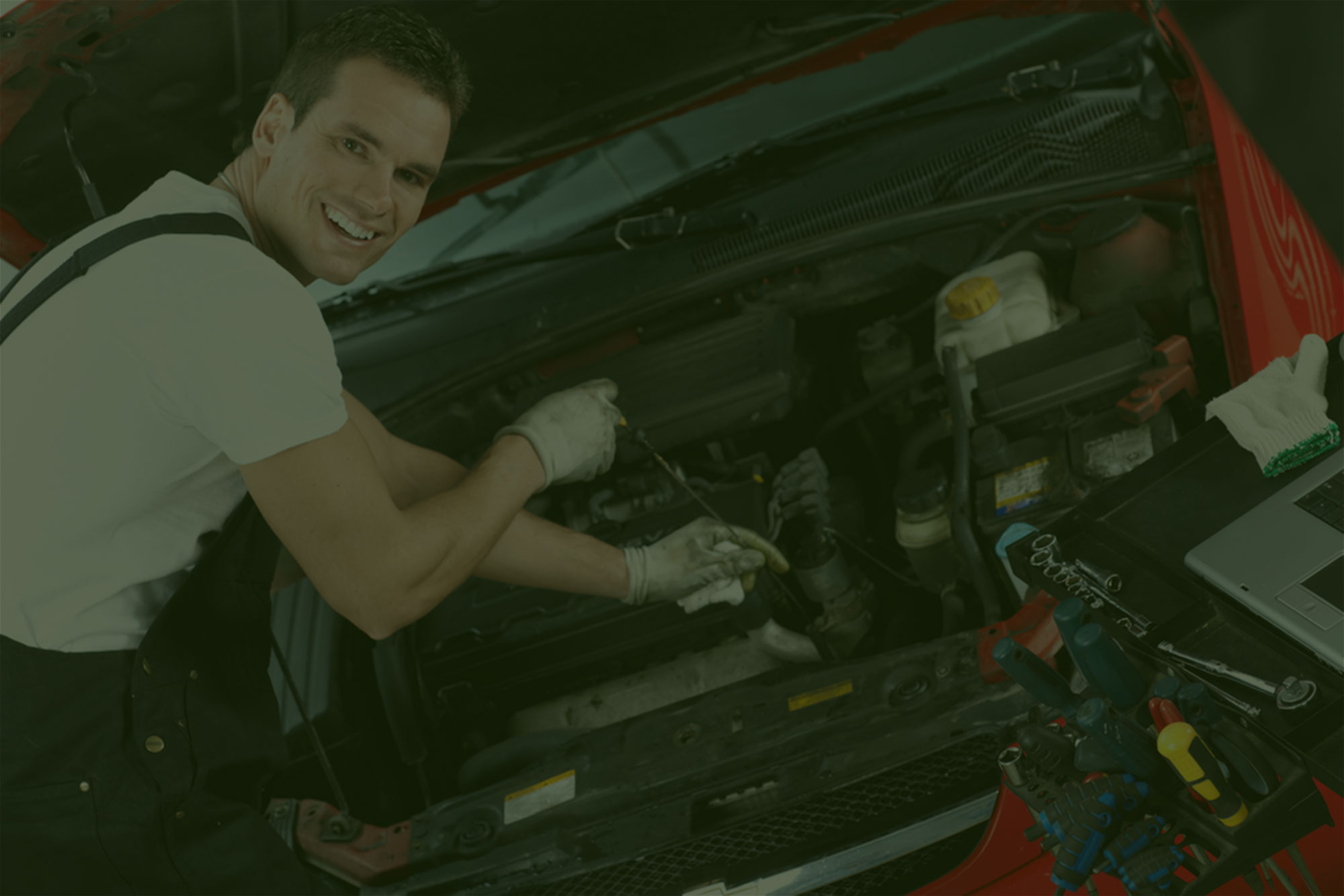 Road Runner Auto Care and Transmission Repair 760-961-1465
