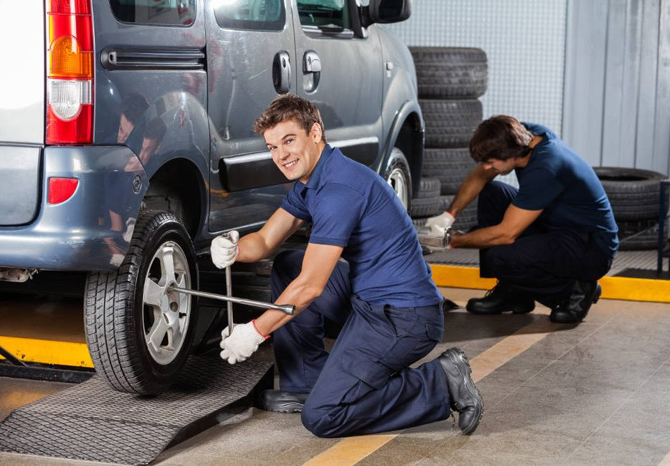 Preparing Your Vehicle for Winter | Road Runner Automotive Maintenance