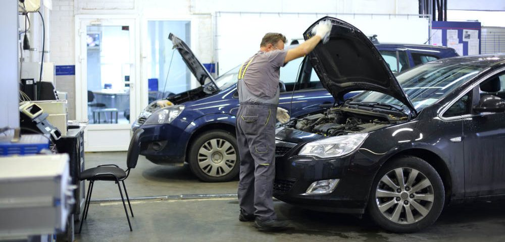 Vehicle Engine Repair in Apple Valley, California | RoadRunner Auto Care